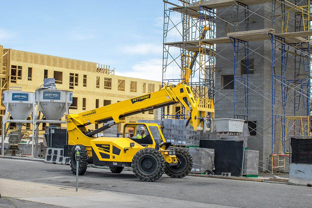 buying new vs used construction equipment